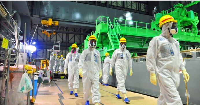 Experts inspect Fukushima, Site of Massive Nuclear Disaster March 11, 2011