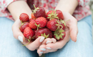 Buy Organic: Here Are Ten Foods You Should Never Skimp On