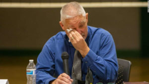 Oregon school district fires superintendent without reason, after he upheld state's mask mandate